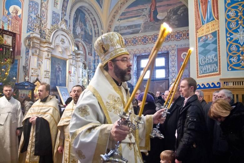 Prawosławni obchodzą Boże Narodzenie (zdjęcia)