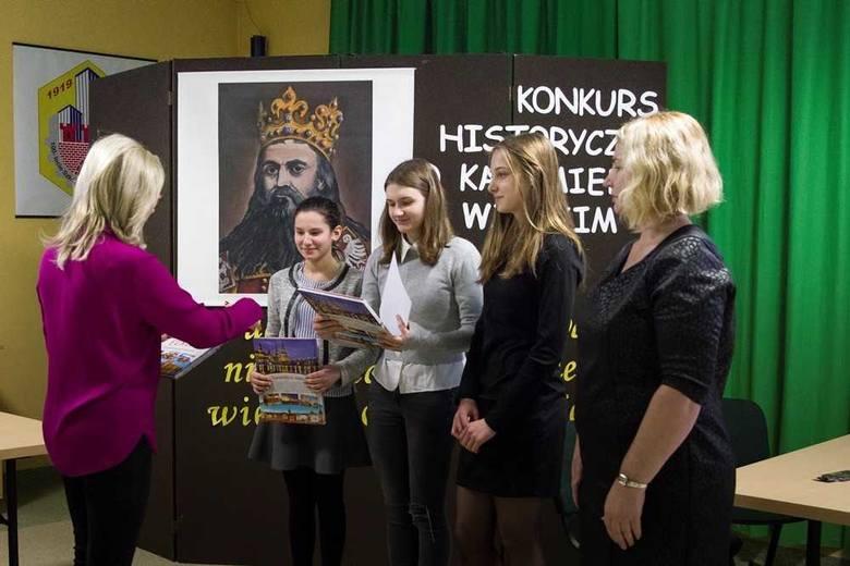 W Zespole Szkół Budowlanych imienia Kazimierza Wielkiego odbył się  konkurs poświęcony patronowi szkoły - Kazimierzowi Wielkiemu.