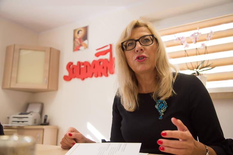 Agnieszka Rzeszewska z PiS mówi, że choć w 2017 roku była przeciw utworzeniu szkoły to teraz sytuacja się zmieniła. - Bo w ośrodku na Antoniuku zwolniło