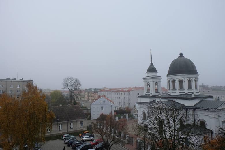 Po lewej stronie na zdjęciu powinien być widoczny kościół Rocha