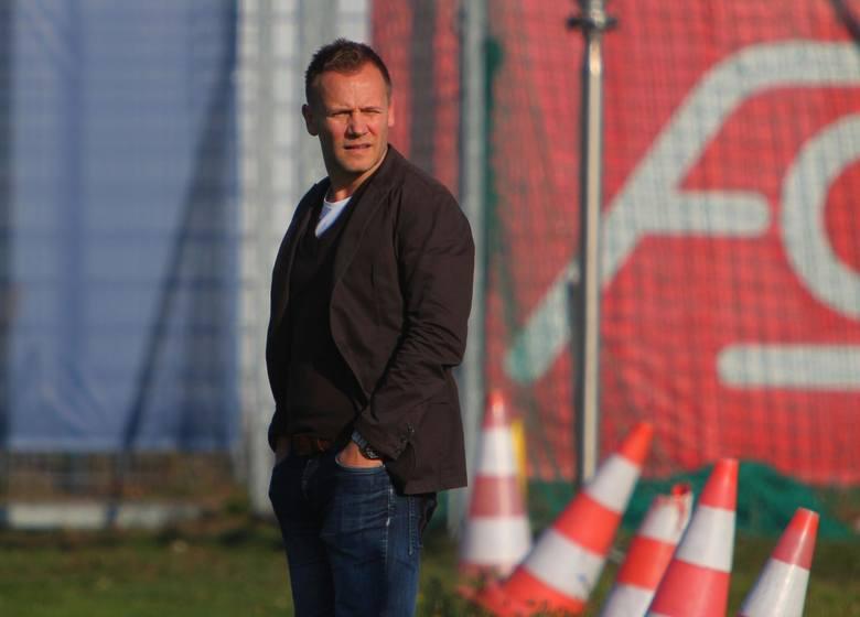 Tomasz Rząsa sprowadził do Lecha Poznań 21 piłkarzy. Zdecydowana większość zawodzi