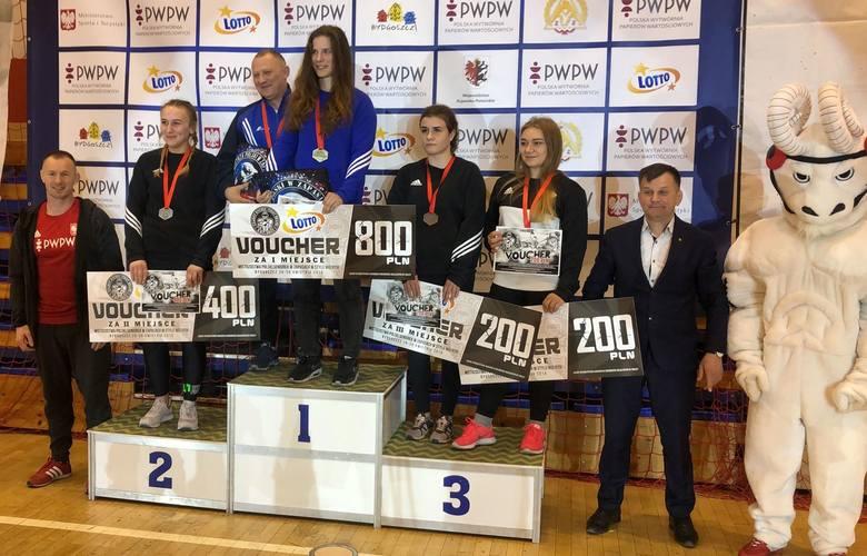 Zapasy. Trzy medale mistrzostw Polski seniorów dla Orła Namysłów