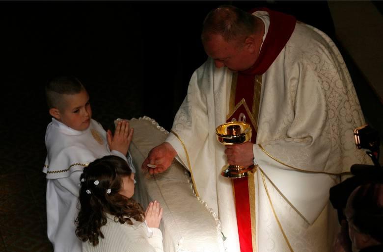 Dla wiernych kościoła katolickiego to wielkie wydarzenie religijne, ale i wyzwanie. W tym roku uroczystości będą miały wymiar kameralny – ze względu
