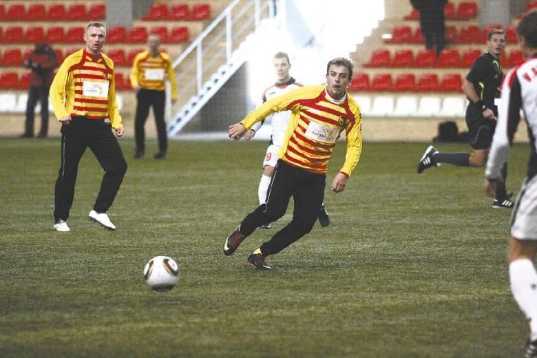 Kamil Grosicki (z prawej) wraz z kolegami z Jagiellonii zagra w Turcji sparing z rumuńskim Rapidem Bukareszt