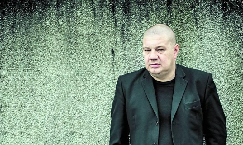 """Po prostu Dyjak, czyli """"Piękny instalator"""" w Centrum Kultury"""