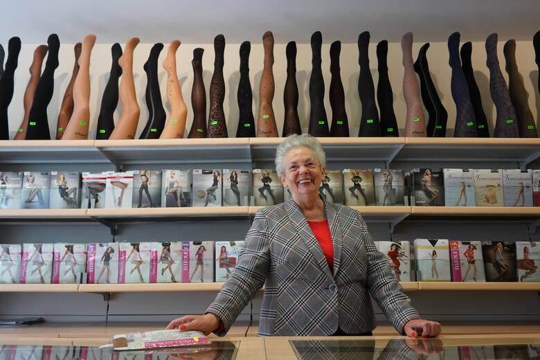 Pani Bożena od 30 lat prowadzi sklep z bielizną na ul. św. Marcin 9