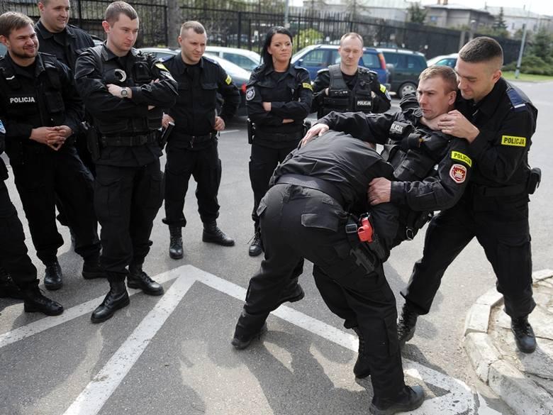 Policyjne ćwiczenia taktyczne w Przemyślu [ZDJĘCIA, WIDEO]