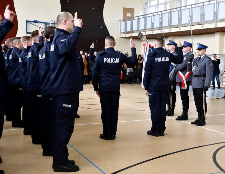 W tym roku do służby w podlaskim garnizonie ma być przyjętych ponad 60 osób.