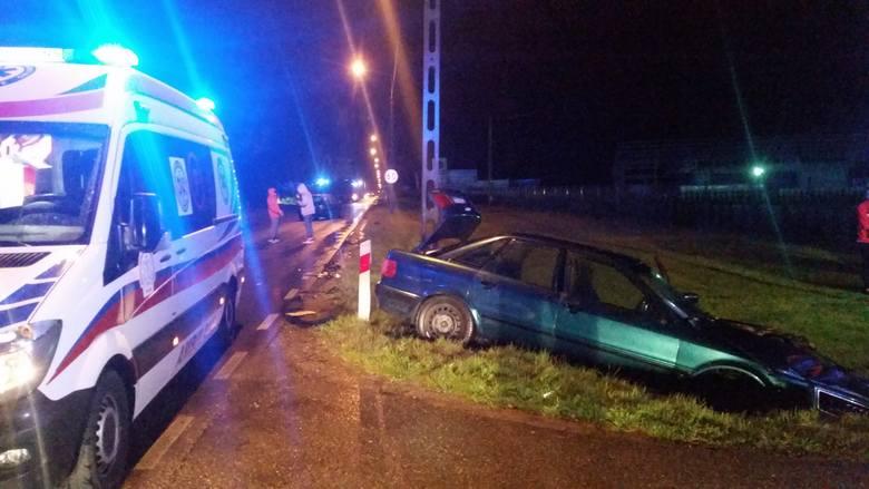 Na drodze wojewódzkiej nr 664 Augustów - Raczki doszło do wypadku drogowego, w którym uczestniczyły dwa pojazdy osobowe.