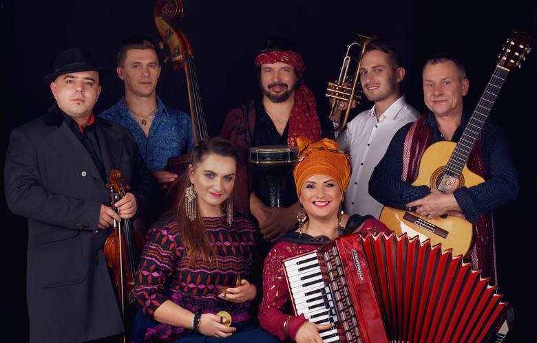 """W """"Kolibie"""" nastąpi również inauguracja """"Księżycowego Grania"""", kolejnego niezwykłego wydarzenia muzycznego w Małopolsce. 16 maja swoim kunsztem pochwali"""