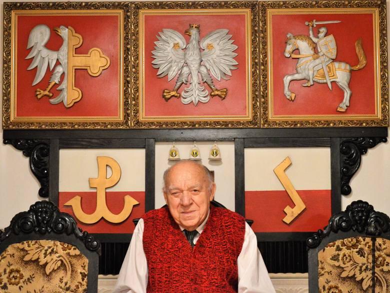 Profesor Franciszek Marek czuje się mocno związany zarówno z regionem, jak i z państwem. Do partii politycznych ma o wiele mniej zaufania.<br />