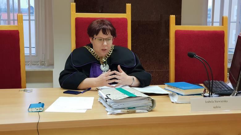 Sędzia Izabela Siewierska uzasadnia wyrok. Skazany nie dostanie odszkodowania.