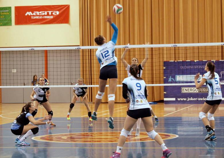 W trzecim spotkaniu półfinału I ligi kobiet Joker Mekro Energoremont Świecie przegrał z ŁKS-em Łódź 0:3 (18:25, 15:25, 12:25). W rywalizacji do trzech