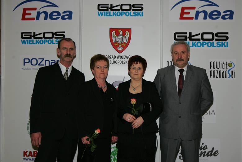 Kazimierz Dworczak (z prawej) jest wielkim orędownikiem promocji młodych piłkarzy w polskiej ekstraklasie