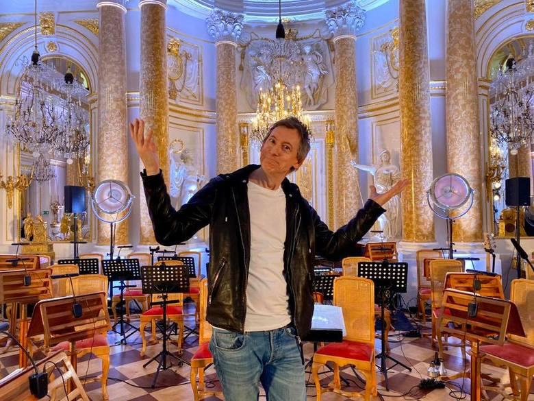 Maciej Miecznikowski uprawiał wszystkie gatunki muzyczne od śpiewu chóralnego poprzez punk i blues