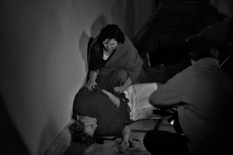 """Mieszkańcy Kujaw zagrali w filmie """"Makabryczna noc"""" [zdjęcia]"""