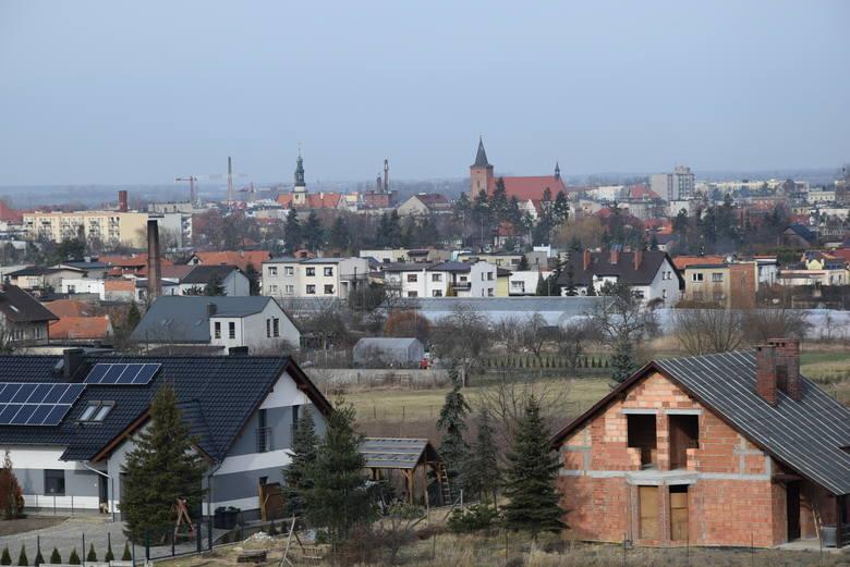 Nową wieżę widokową w Krotoszynie wybudowano niedawno. Jej oficjalne otwarcie zaplanowano na początek kwietnia. My już teraz ją odwiedziliśmy i sprawdziliśmy,