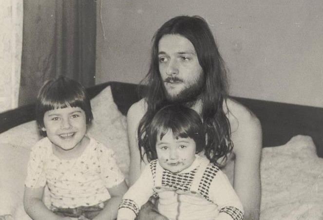 Sebastian, tata i ja - napisała Karolina Riedel pod tym zdjęciem