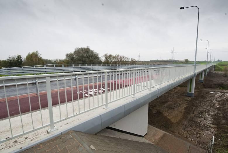 A to fragment nowej trasy, która łączy ul. Władysława IV z ul. Franciszkańską.