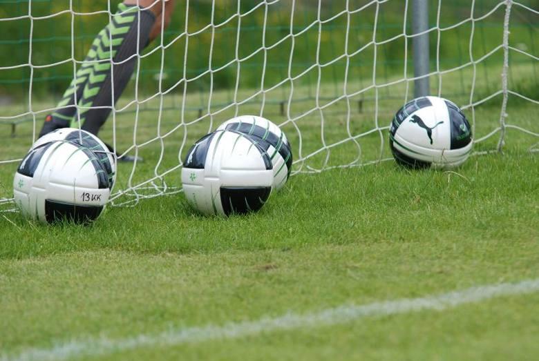 W Jędrzejowie i Małogoszczu finały turnieju o Puchar Smolarka