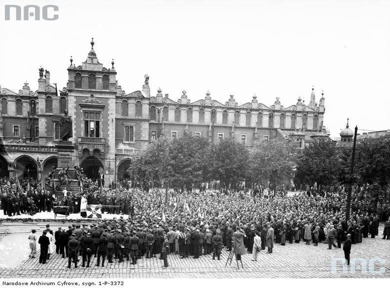 Uroczystości na Rynku Głównym, 1936 rok.