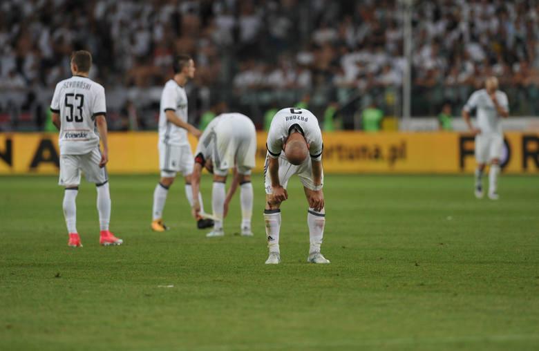 Po czwartkowej klęsce z Karabachem Agdam (0:3) Legia Warszawa czwarty raz z rzędu nie zakwalifikowała się do fazy grupowej europejskich pucharów. Tym