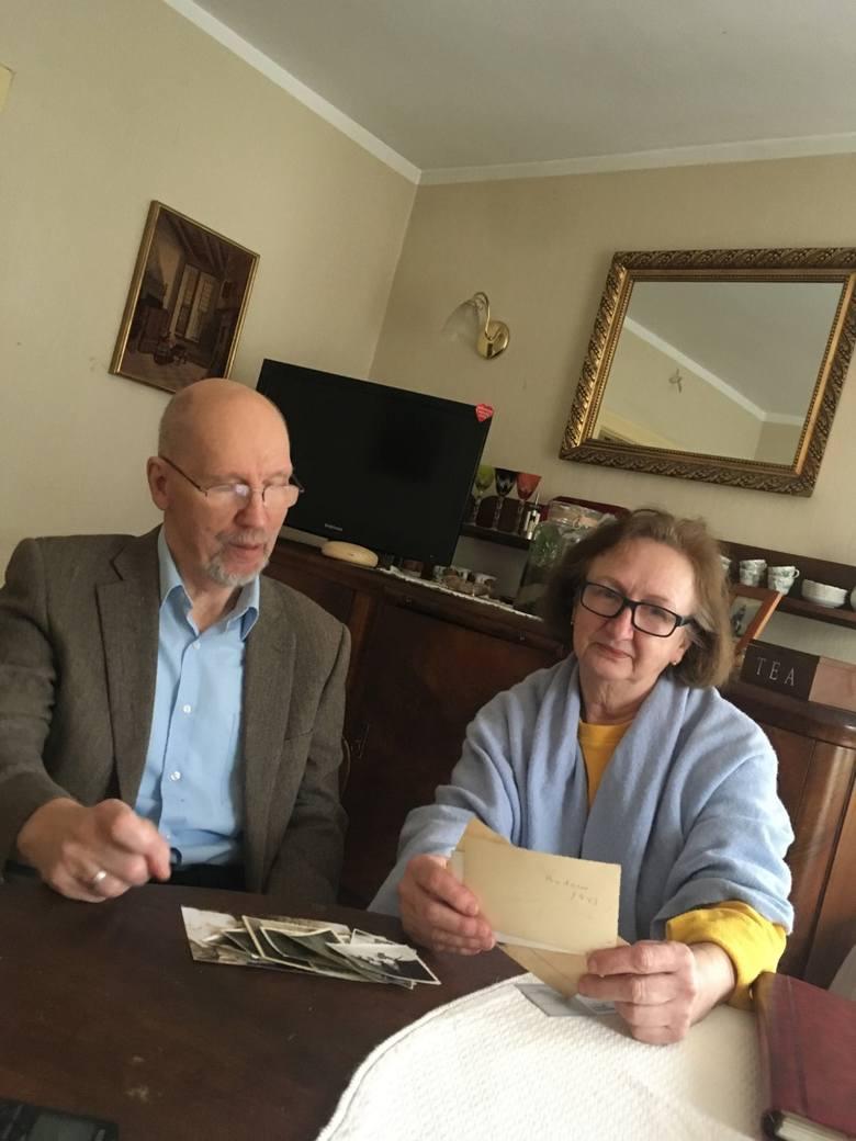 Jacek Lendzion i Ewa Lisowska w dawnym domu rodziny Rybińskich prz ul. Słupskiej.