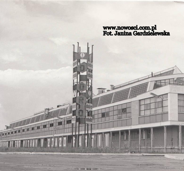 Przez prawie pół wieku po zakończeniu wojny wielkie zakłady przemysłowe były kołami zamachowymi rozwoju Torunia. Związały się z nimi życiorysy tysięcy