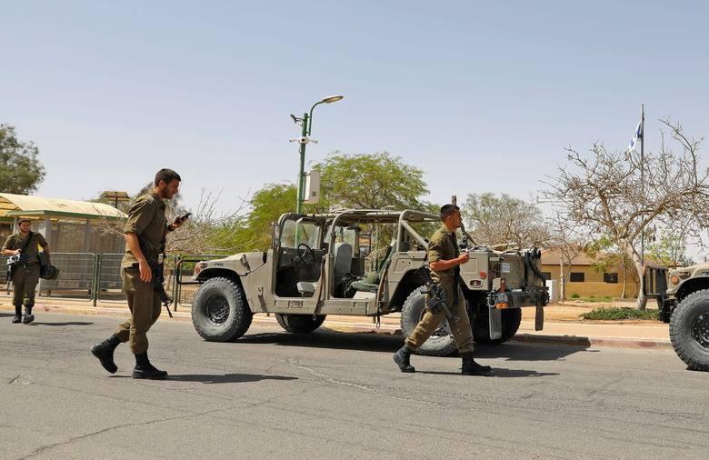 Syryjski atak na Izrael. Rakieta spadła w pobliżu elektrowni jądrowej na pustyni Negew