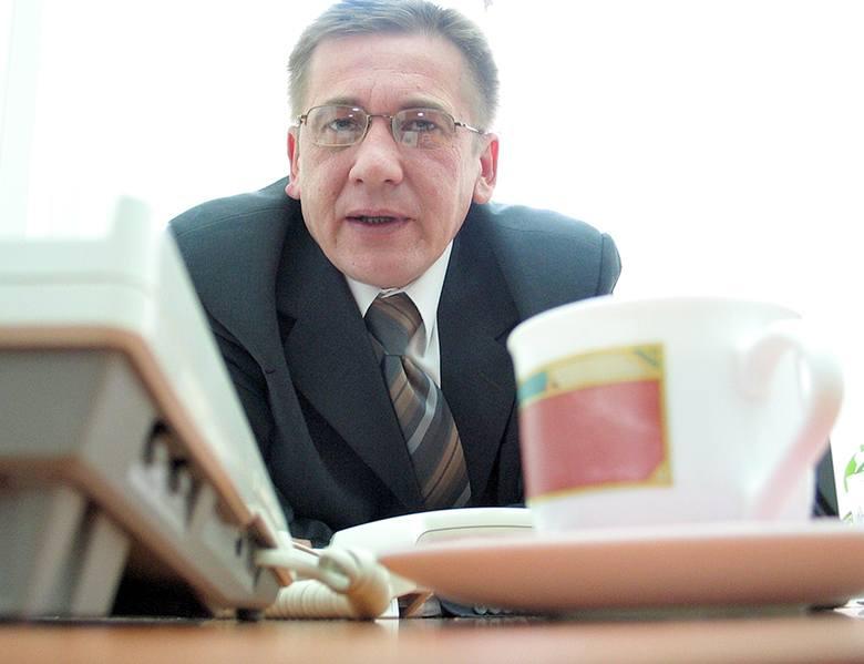 Romuald Kosieniak (SLD) wojewoda kujawsko-pomorski w latach 2001-2006, wcześniej w latach 1998–2001 pełnił funkcję wicestarosty powiatu bydgoskiego.