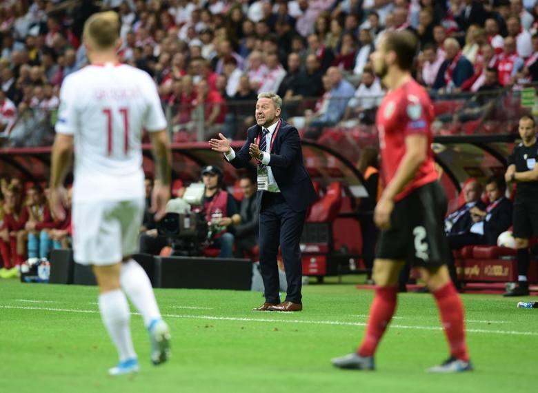 Reprezentacja Polski prowadzi w grupie eliminacyjnej do Euro 2020, ale po ostatnich dwóch spotkaniach ma już tylko dwa punkty przewagi nad Słowenią i