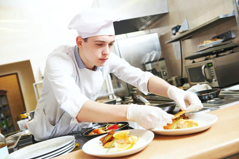 Cukiernik i kucharz - profesje poszukiwane na Pomorzu