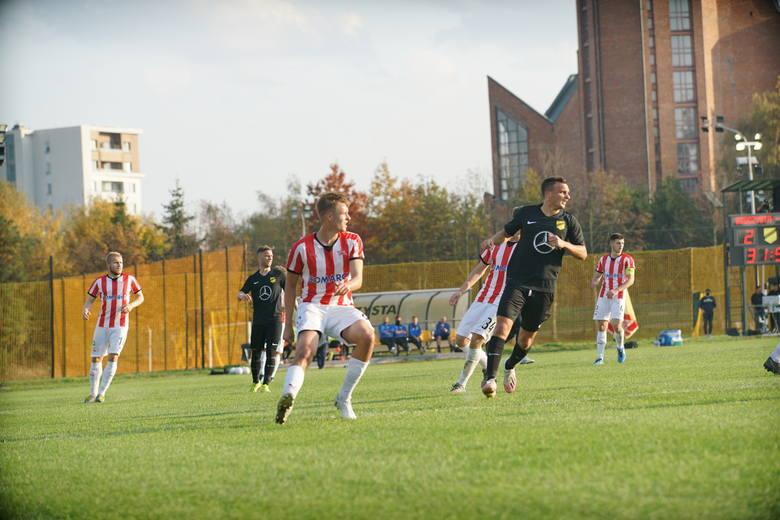 Wieczysta Kraków pokonała 4:0 rezerwy Cracovii i sięgnęła po triumf w okręgu podczas rozgrywek Regionalnego Fortuna Pucharu Polski.