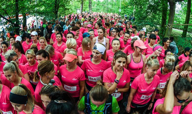 Setki pań wzięły udział w kolejnej edycji Run Budlex. Biegały na dystansie 5 km na malowniczej trasie zlokalizowanej w pobliżu Starego Kanału Bydgoskiego.