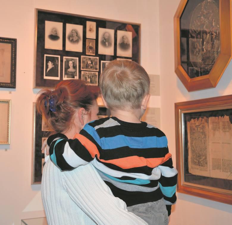 Muzealna Baszta Na Papierze Pluspomorskapl