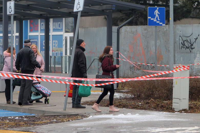 Zabójstwo i wybuch na Dębcu: Prokuratura potwierdza zbrodnię. Ale jest wiele niewiadomych