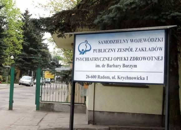 Koronawirus w Radomiu. Nowe zakażenie w szpitalu w Krychnowicach. Pacjent z izolatki został przewieziony na oddział zakaźny w Radomiu