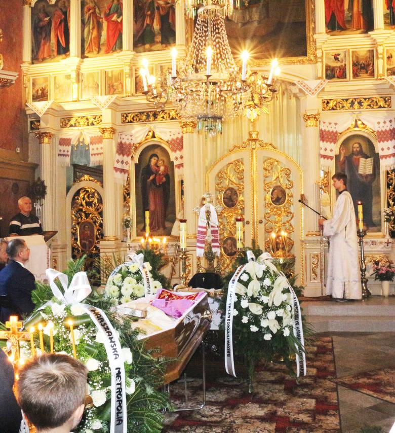 W sanockiej cerkwi pożegnano arcybiskupa Adama Dubeca [ZDJĘCIA]