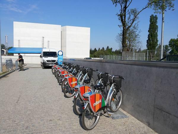Najnowsza stacja rowerowa powstała przy budynku ICHOT