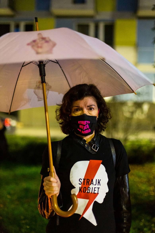 Protest przed krakowską siedzibą PiS