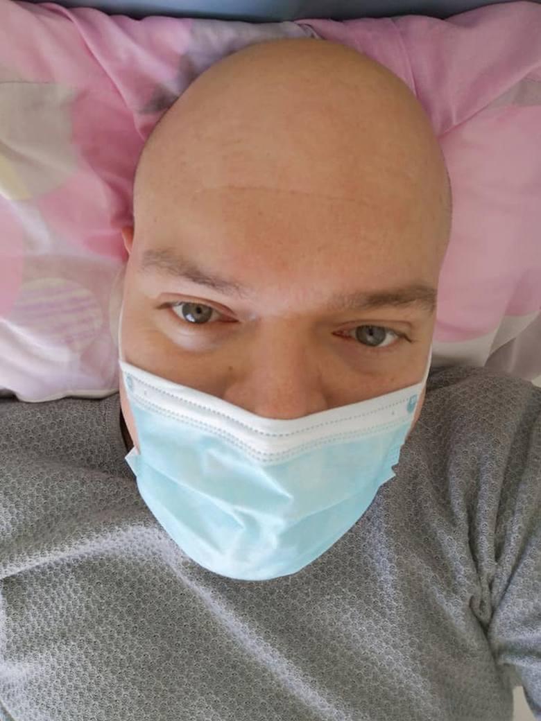 Szymon Barabach w szpitalu na oddziale zakaźnym