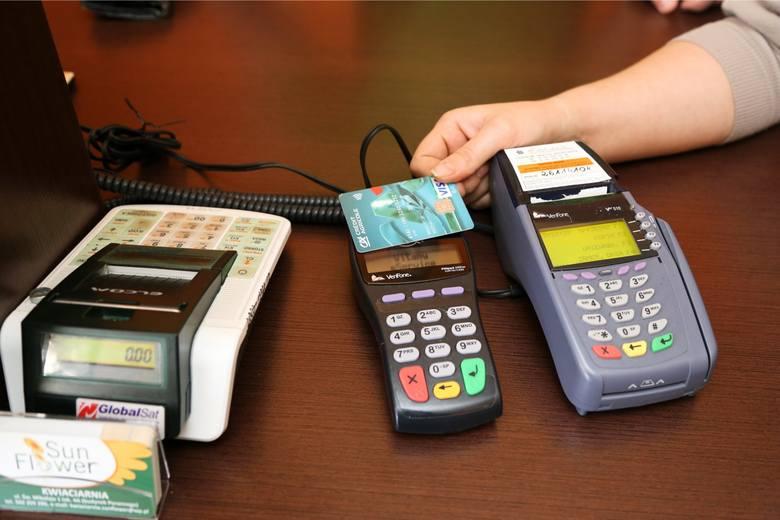 Bezpieczeństwo usług jest zdecydowanie najważniejszym czynnikiem branym pod uwagę przy korzystaniu z usług finansowych i płatniczych.