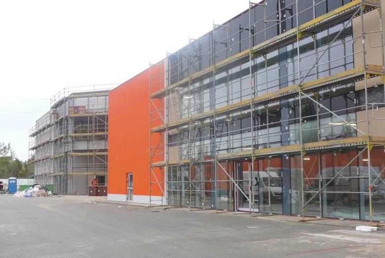 Nowe centrum handlowe w Kielcach rośnie w siłę. Wkrótce wielkie otwarcie