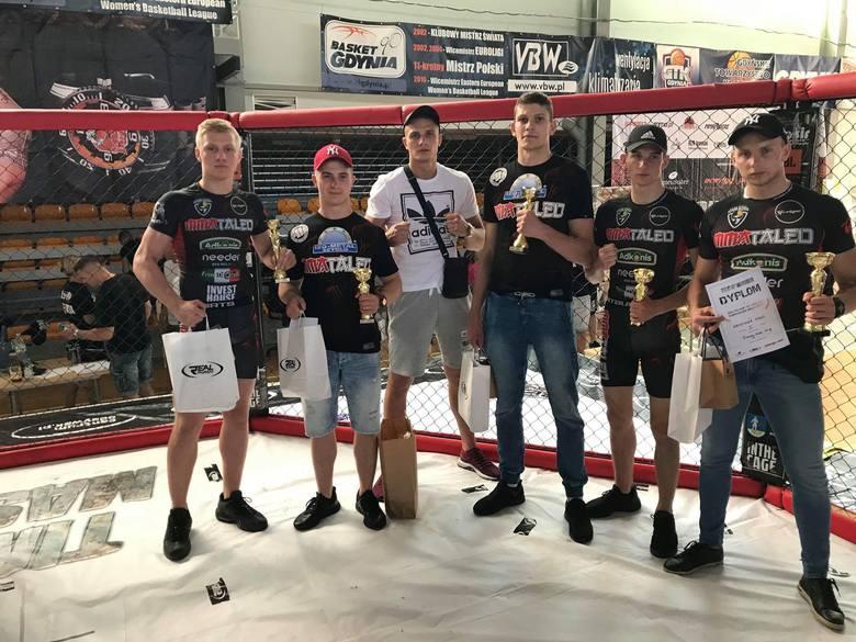 Złote medale zawodników MMAtaleo Słupsk w Gdyni