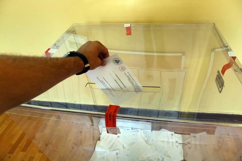 Frekwencja wybory prezydenckie 2020. Dane PKW. Jak głosowano w kraju i na Pomorzu do godz. 17? Gdzie najwyższa, a gdzie najniższa?