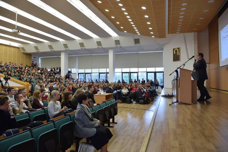 W piątek drugi dzień Lubelskiego Salonu Maturzystów na KUL