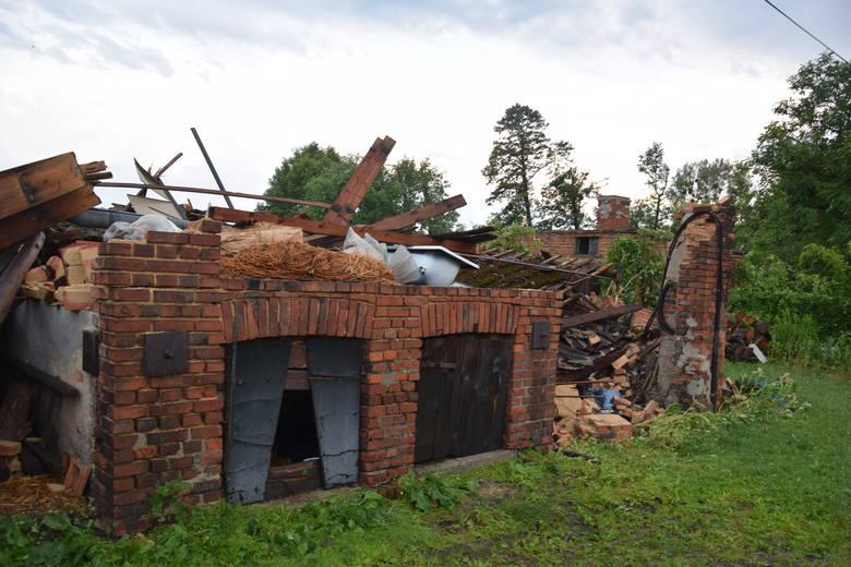 Trąba powietrzna przeszła nad Rybnikiem i powiatem. Największe zniszczenia są w Gaszowicach