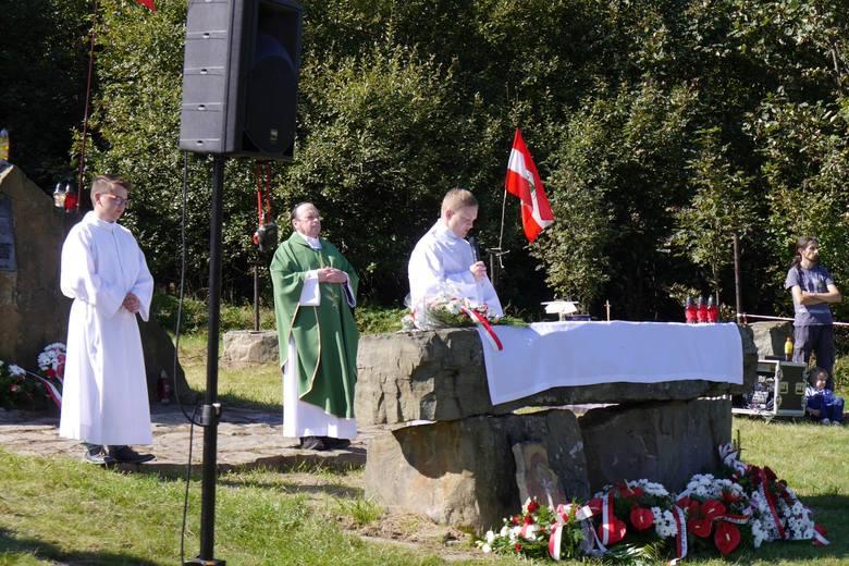 Sucha Polana. Msza św. i rekonstrukcja walk z 1944 roku [ZDJĘCIA]