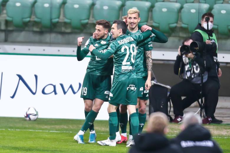 Śląsk Wrocław zremisował z Lechią Gdańsk 1:1 w meczu 24. kolejki PKO Ekstraklasy. Oceniliśmy piłkarzy Śląska za występ w tym spotkaniu. Oceny w skali