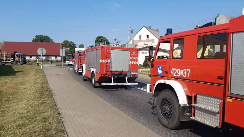 Dzisiaj (piątek) doszło do dwóch zdarzeń drogowych w Barkowie (gm. Człuchów) na drodze krajowej nr 22.